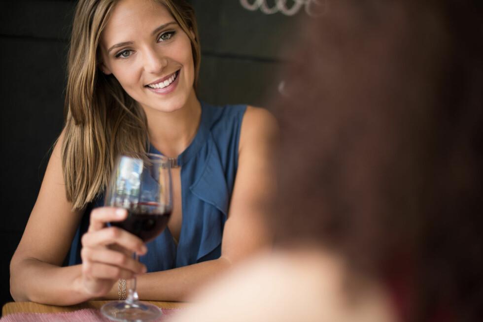 VÆR VARSOM: Du tåler mindre alkohol under eggløsning.  Foto: jolopes - Fotolia