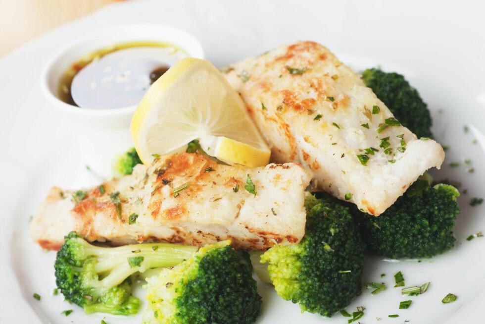 TORSK: Torsk en magrere fisk enn laks, ørret og makrell. Her sitter de sunne fettsyrene i leveren, men den er likevel en god kilde til jod - som er viktig for funksjonen til skjoldbukkjertelen. Foto: Igor Dutina - Fotolia