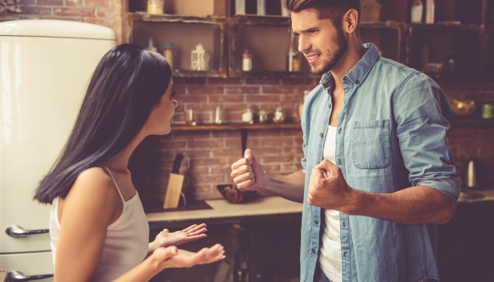 SKYLDE PÅ ANDRE: - Det familiemedlemmet som har evnen til å pålegge andre skyld, er alltid den som har mest «makt» og kontroll, ifølge psykolog. Foto: Scanpix