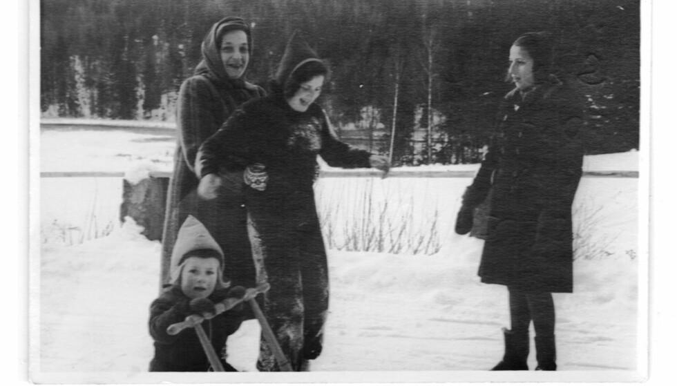 MORSFIGUR: Nina Meyer ble en viktig person i de jødiske flyktningbarnas liv. Foto: Privat foto i Nina Grünfelds eie.