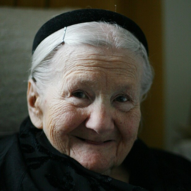 REDDET 2500 BARN: Polske Irena Sendler risikerte livet sitt for å redde barna i Warszawa-ghettoen. Dette bildet er tatt i 2007 - samme år som hun ble nominert til å motta Nobels fredspris. Foto: NTB Scanpix
