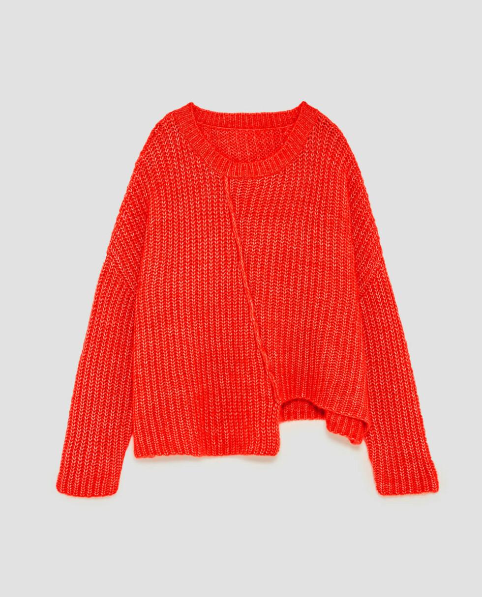 Genser fra Zara |399,-|https://www.zara.com/no/no/dame/strikket/se-alle/asymmetrisk-genser-med-synlig-s%C3%B8m-c733910p4853090.html