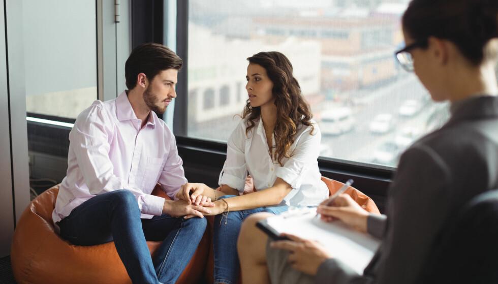 PARTERAPI: Ekspertene forteller at det kan være vanskelig å redde forholdet hvis dere tar tak i problemene deres for sent. FOTO: NTB Scanpix