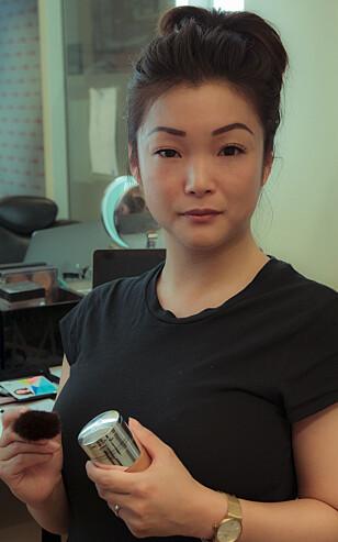 EKSPERT: Makeup artist Ida Wangen advarer mot at leppecontourering kan se unaturlig ut i dagslys. Foto: privat