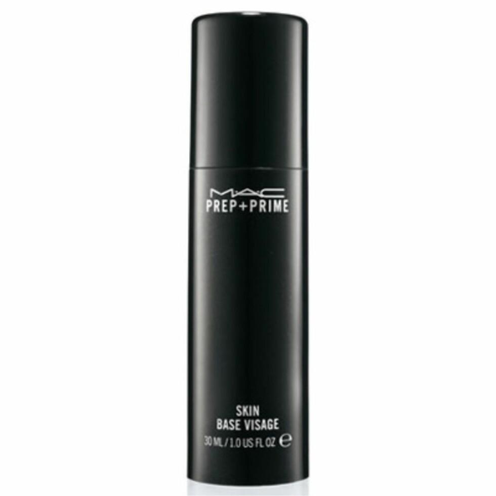 Prep + Prime fra MAC via Kicks.no |235,-| https://www.kicks.no/mac/makeup-c93/prep-prime-skin-p9958