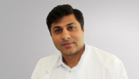 SPESIALIST I INDREMEDISIN OG FORDØYELSESSYKDOMMER: Asad Ali har bred erfaring med å utrede pasienter med magesmerter. (Foto: Privat)