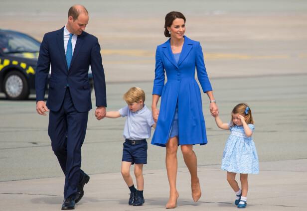 SNART BLIR DE FEM: Hertuginne Kate og prins William har barna prins George (4) og prinsesse Charlotte (2) fra før. Neste år blir de foreldre til barn nummer tre. Foto: NTB Scanpix