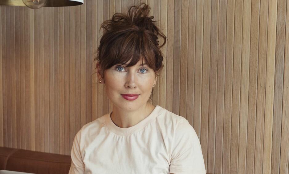 TINDER: - I perioder følte jeg meg litt tom, sier journalist og forfatter Ellen Sofie Lauritzen til KK.no. Foto: Anne Valeur.