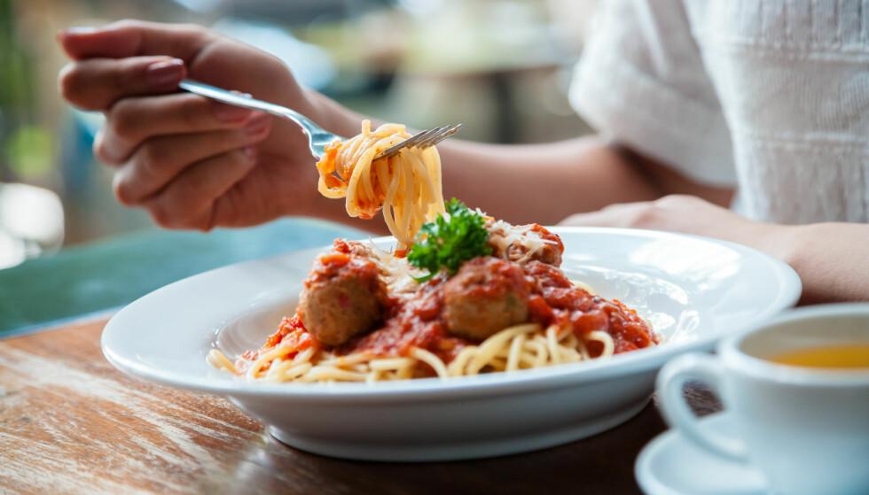 <strong>VARM LUNSJ:</strong> En stor lunsj, trenger ikke å være negativt! Velger du magert kjøtt eller fisk sammen med grønnsaker og salat, blir det kjempesunt. Foto: Bon Appetit