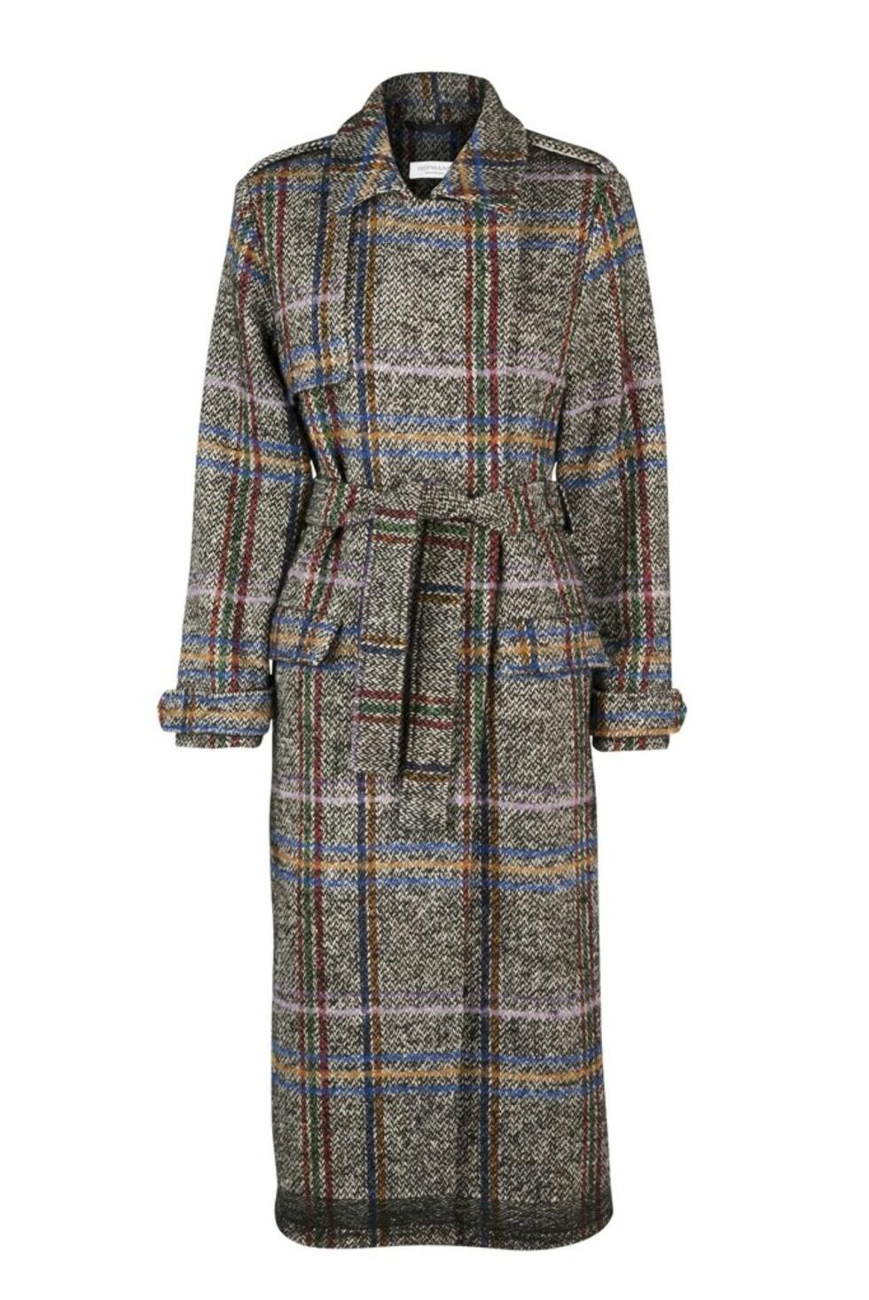 Jakke fra Hofmann Copenhagen  3799,-  https://hofmanncopenhagen.com/collections/jackets-2/products/tilly-wool-coat-black