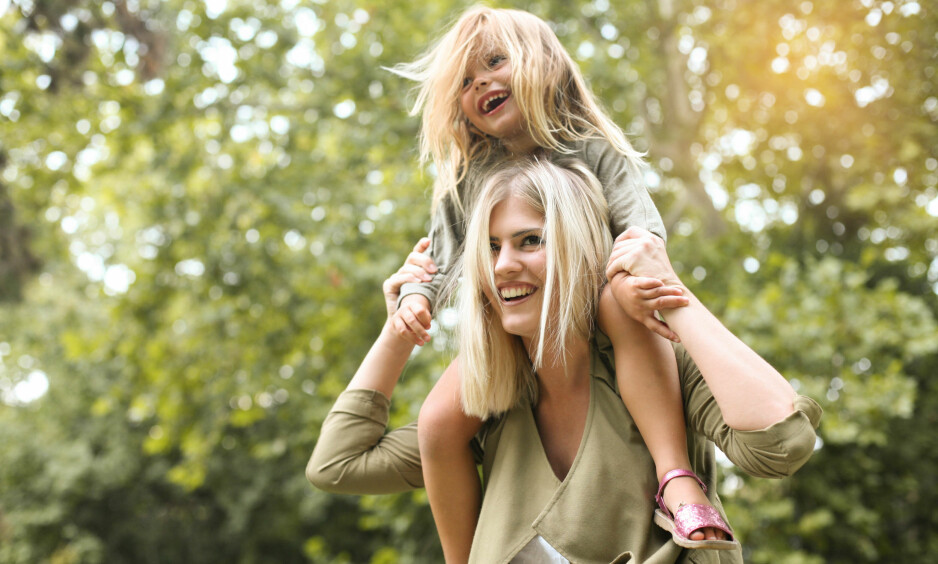 SKILSMISSE BARN: En svensk studie viser at skilsmissebarn som bytter på å bo hos mor og far, er mindre stresset enn de som bor fast hos én av foreldrene. FOTO: NTB Scanpix