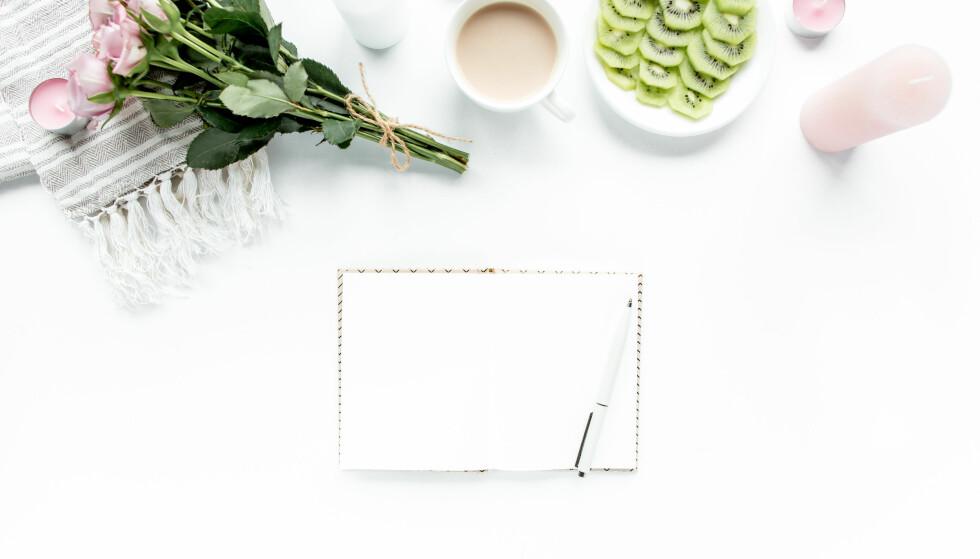 <strong>RYDDE OPP I TANKENE:</strong> Dagboken gir deg den tiden du trenger for deg selv, og er med på å rydde opp i tankene. FOTO: NTB scanpix