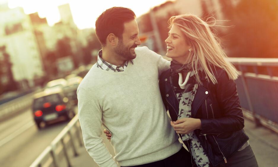 SEX OG DATING: Vi er ganske samstemte når det gjelder hvordan dating-fasen skal foregå, ifølge en undersøkelse. Men på noen områder er gutta hakket mer frempå. FOTO: NTB Scanpix