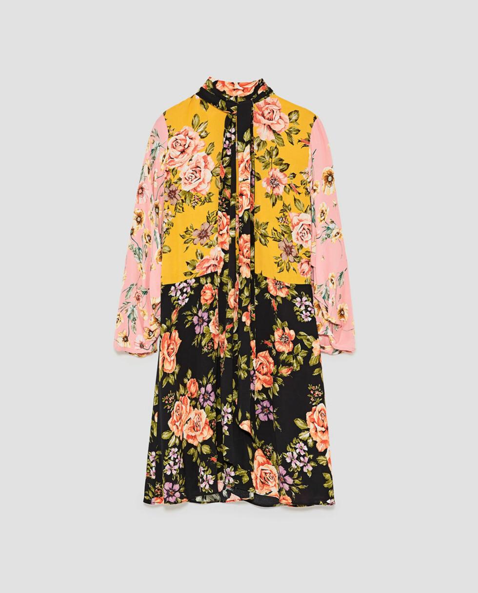 Kjole fra Zara |499,-| https://www.zara.com/no/no/dame/nyheter/blomstret-kjole-med-lappem%C3%B8nster-c840002p5202045.html