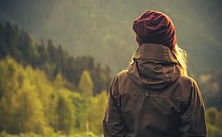 Blir vi mer redde for å være alene jo eldre vi blir?