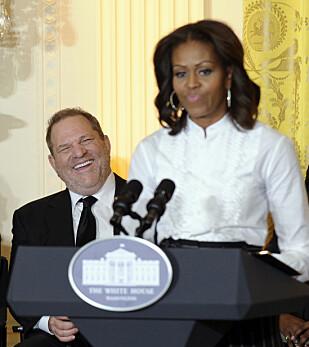 VEMMES: Michelle og Barack Obama er sjokkerte over avsløringene rundt Harvey Weinstein. Dette bildet er tatt i Det hvite hus i 2003. Foto: NTB Scanpix