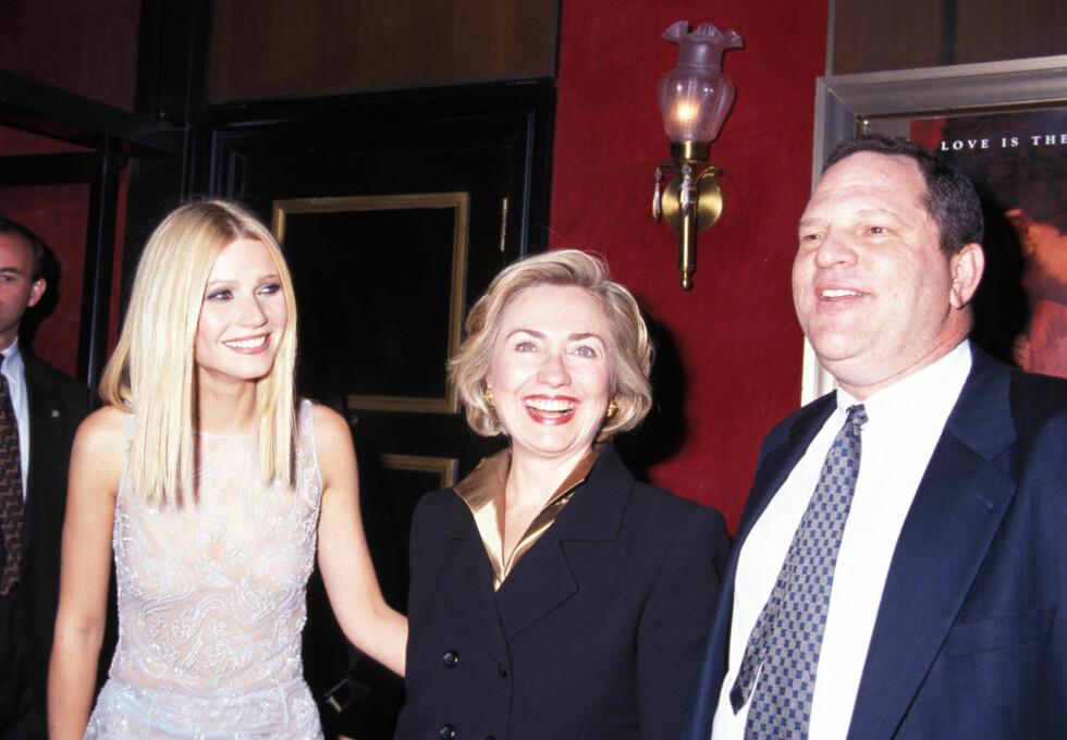 BIDRAGSYTER: Weinstein har gitt økonomiske bidra til både Hilary Clinton og Obama. Her med Clinton og skuespiller Paltrow på 90-tallet. Foto: NTB Scanpix