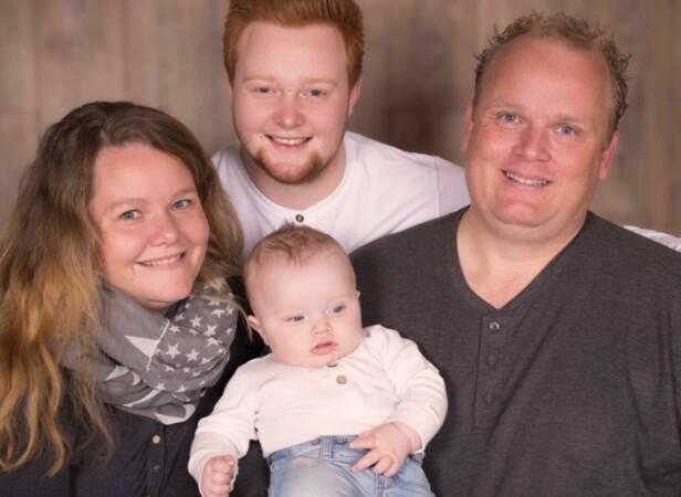 <strong>SÅRENDE:</strong> - Fordi jeg hadde sønnen min Christopher fra tidligere, var det lett for folk å spørre oss om når vi skulle ha et barn sammen, forteller Cecilie. Foto: Fotograf Sundsvold