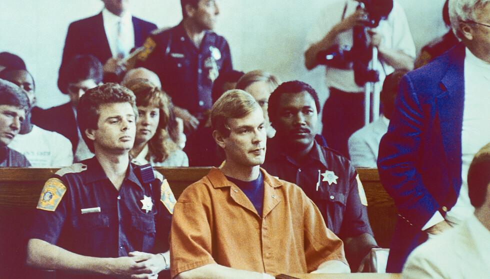 I RETTEN: Den 22. juli 1991 ble det endelig satt en stopper for Jeffrey Dahmers grove gjerninger. Dette bildet er fra rettsaken og er tatt i august 1991. Foto: NTB Scanpix