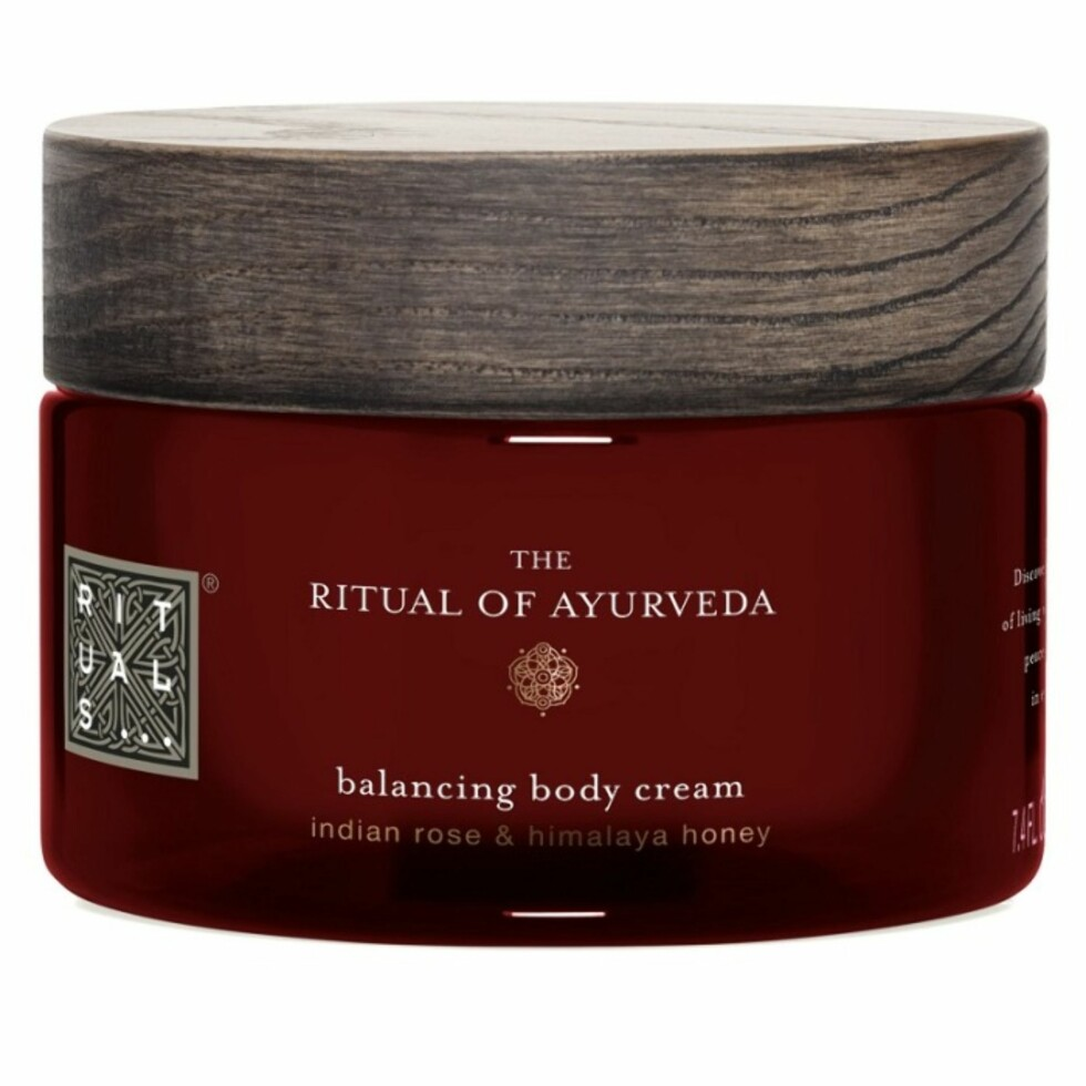 Body cream fra Rituals via Kicks.no |195,-| https://www.kicks.no/rituals/nyheter-c3652/rituals-the-ritual-of-ayurveda-body-cream220-ml-p94586