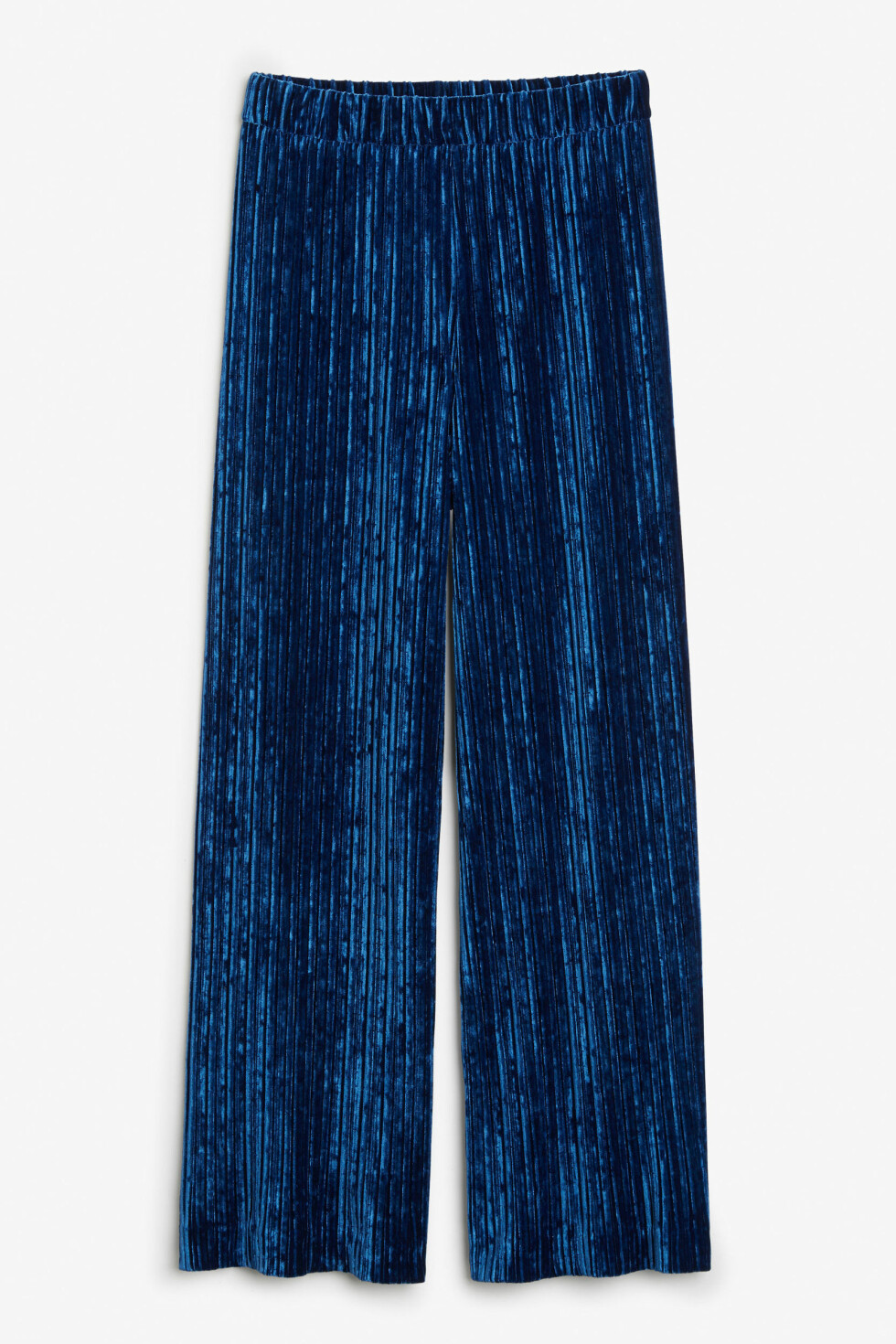 Bukse fra Monki |350,-|https://www.monki.com/en_sek/clothing/trousers-&-shorts/product.velvet-pleated-trousers-blue.0502751003.html