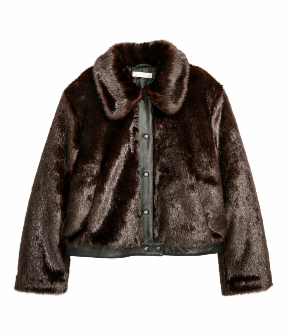 <strong>Jakke i fuskepels fra H&M  999,-  http:</strong>//www.hm.com/no/product/83125?article=83125-A