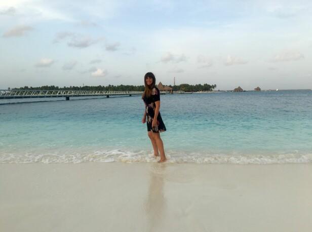 I MALDIVENE: Reiseekspert Siri Løining har selv besøkt ferieparadiset. Foto: Privat