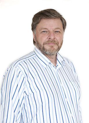 PARACET ER FØRSTEVALGET: Steinar Madsen anbefaler alle å bruke paracetamol ved hodepine. (Foto: Legemiddelverket)