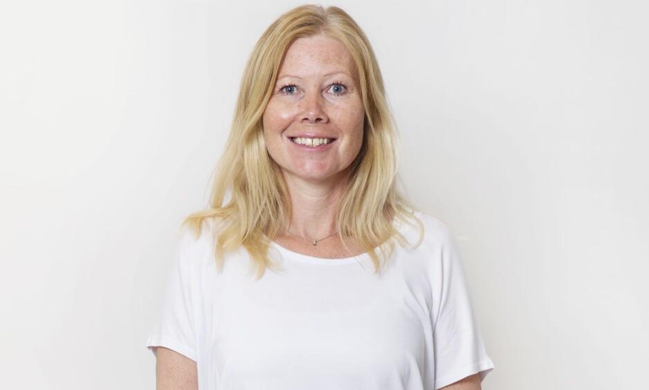 BLI NY: Beate (44) gikk fra å være blondine til å bli rødtopp - se hvor kul hun ble! FOTO: Yvonne Wilhelmsen