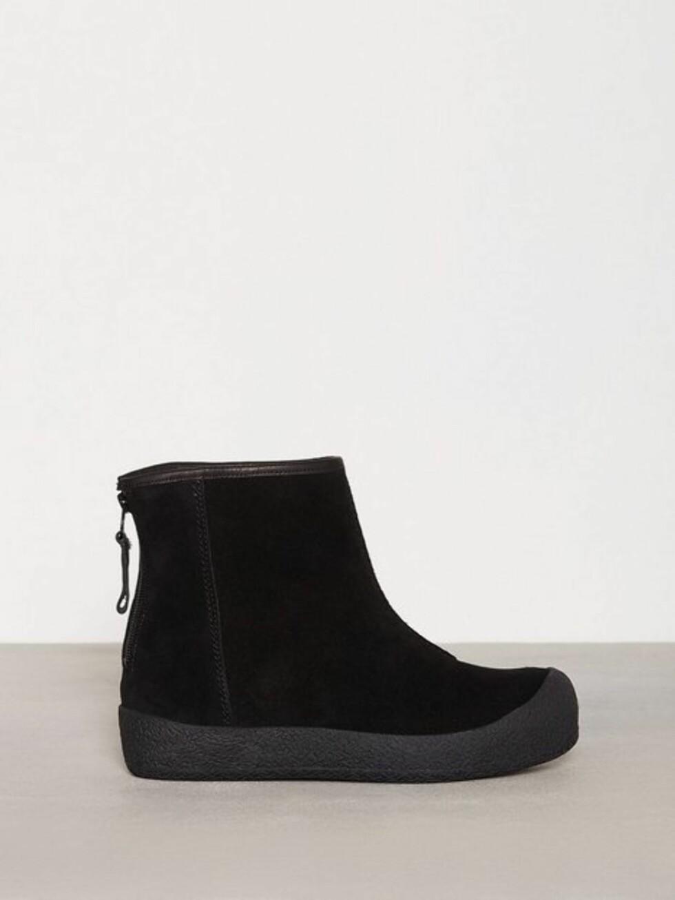 Sko fra Shepherd via Nelly.com |1699,-| https://nelly.com/no/kl%C3%A6r-til-kvinner/sko/boots-booties/shepherd-1080/elin-outdoor-106608-0014/