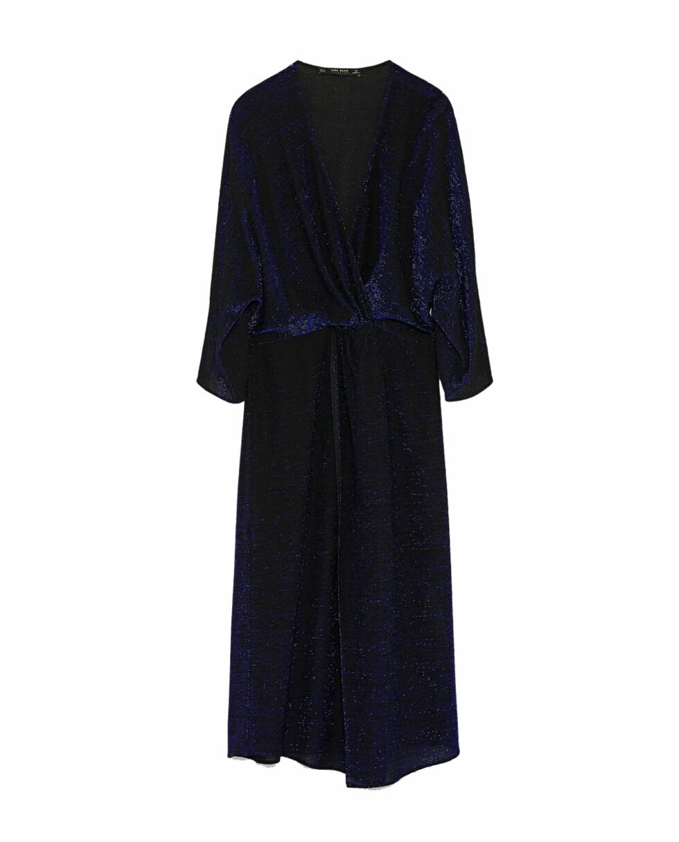 Kjole fra Zara |499,-| https://www.zara.com/no/no/dame/nyheter/omslagskjole-med-glans-c840002p5256518.html