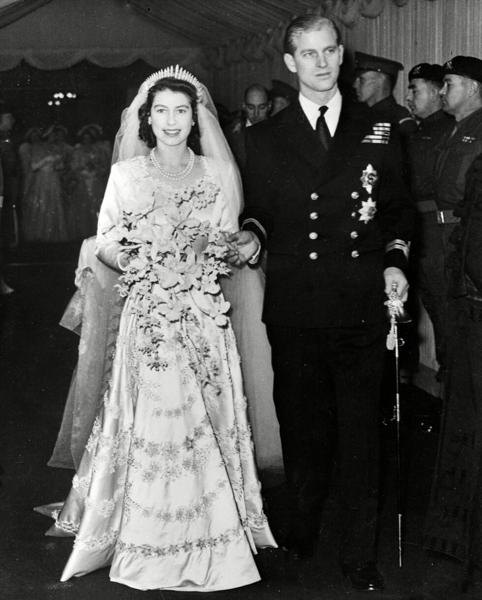 NYGIFTE: Den 20. november 1947 giftet prinsesse Elizabeth seg med den fem år eldre marineoffiseren Philip Mountbatten. Foto: NTB Scanpix