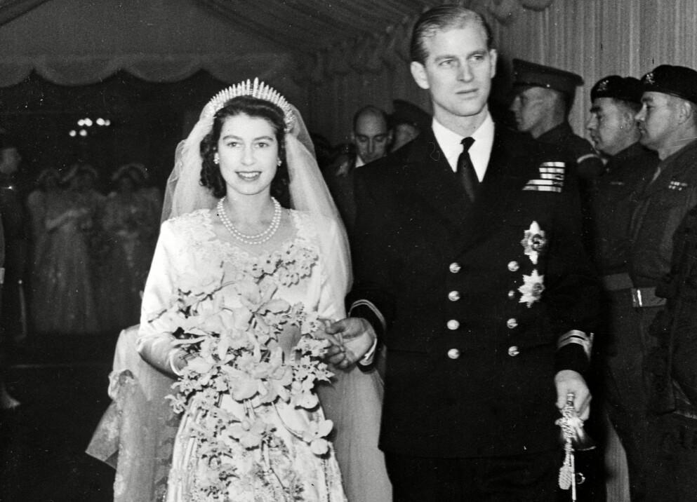 KONGELIG BRYLLUP: Den 20. november 1947 giftet prinsesse Elizabeth II seg med firmenningen Philip Mountbatten i Westminster Abbey i London. Foto: NTB Scanpix