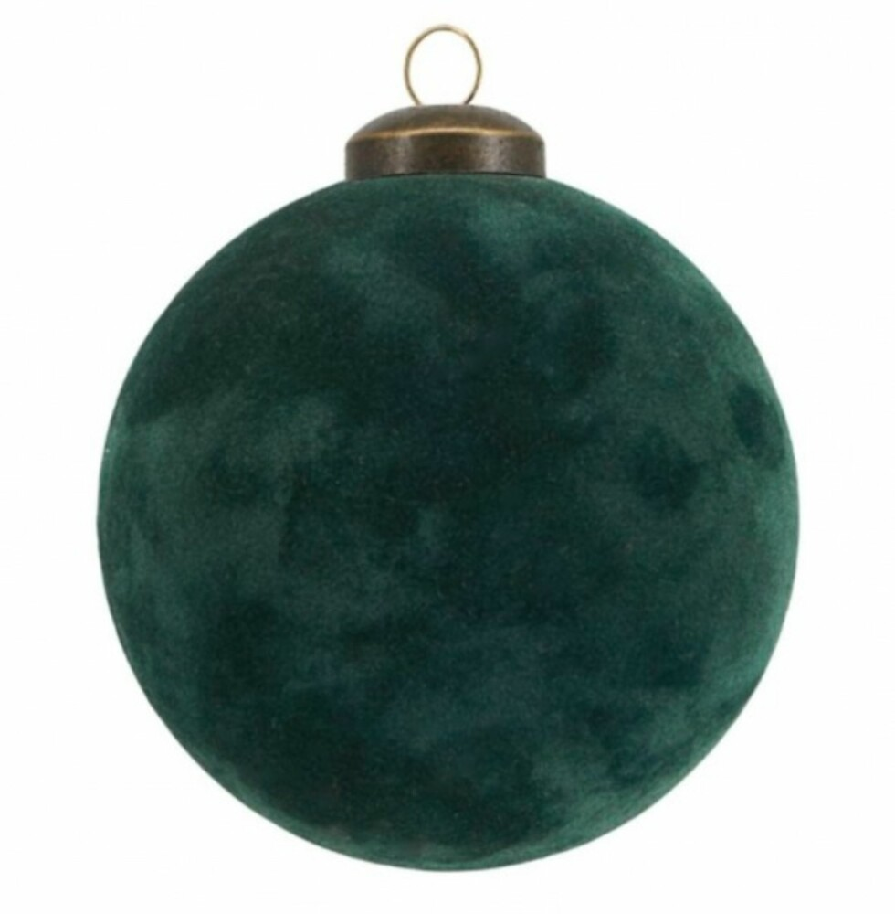Grønn julekule fra House Doctor via Hviit.no |49,-| https://www.hviit.no/products/julekule-flock-8-cm-green
