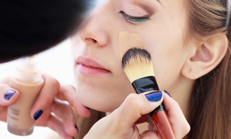 AKNEARR: Er du plaget med sjenerende aknearr? Da kan riktig sminke være løsningen. I denne saken får du ekspertenes beste tips. FOTO: NTB Scanpix