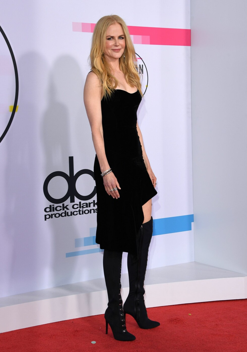 AMERICAN MUSIC AWARDS: Nicole Kidman