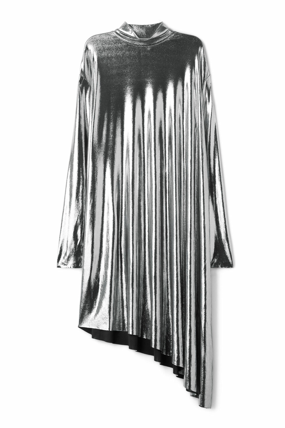 Kjole fra Weekday |400,-| https://www.weekday.com/en_sek/women/categories/dresses-and-jumpsuits/product.allison-dress-silver.0568959002.html
