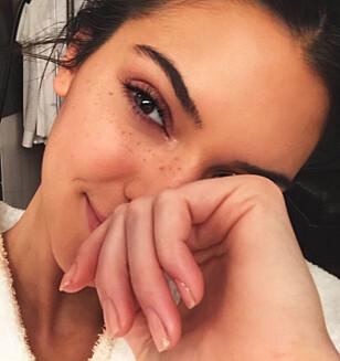 KENDALL JENNER: 22-åringen delte enkel ansiktsmaskeoppskrift på hjemmesiden sin. Foto: Scanpix