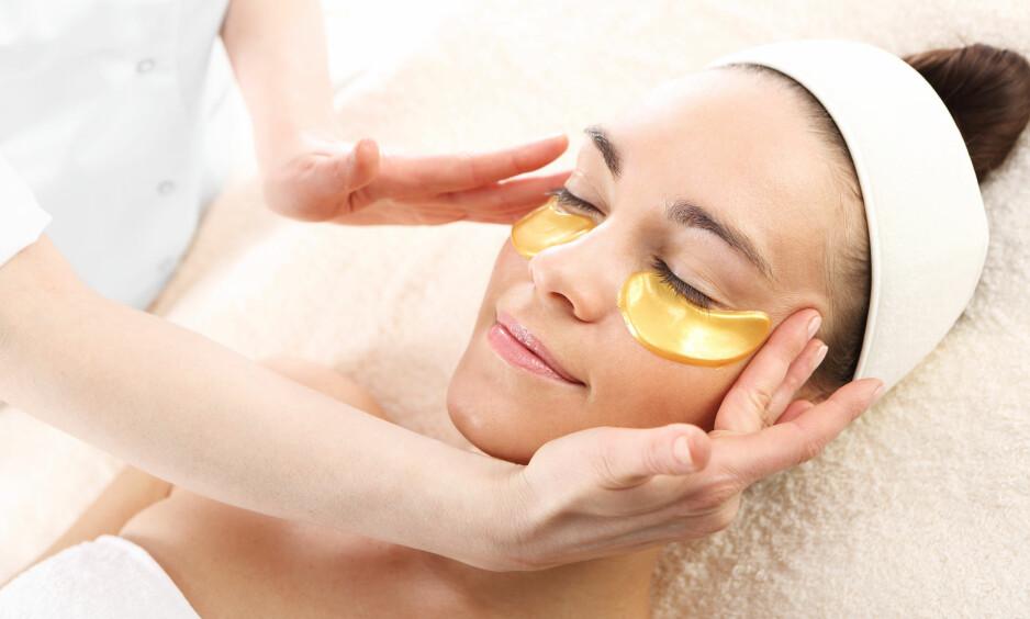 ØYEMASKER: Ifølge ekspertene våre kan noen øyemasker være helt gull! FOTO: NTB Scapix