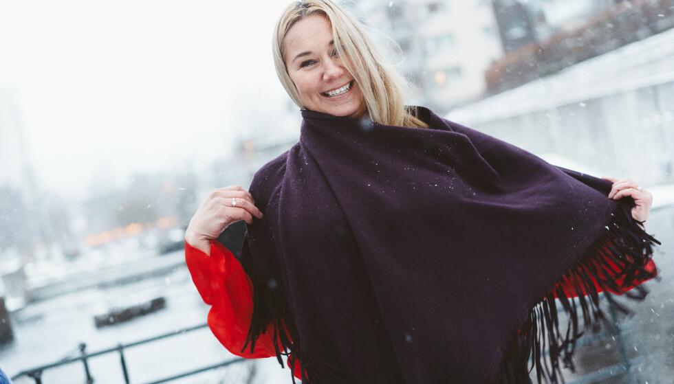 FLYTTET UTENLANDS MED FAMILIEN: Tine Austvoll Jensen og ektemannen tok med døtrene til Asia for å lære dem mer kulturforståelse. Foto: Håkon Jørgensen
