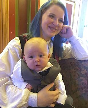 GLAD OG ROLIG BABY: Tom Frederik, som nå har blitt fire måneder gammel, er ifølge moren en skikkelig gledesspreder. Foto: Privat