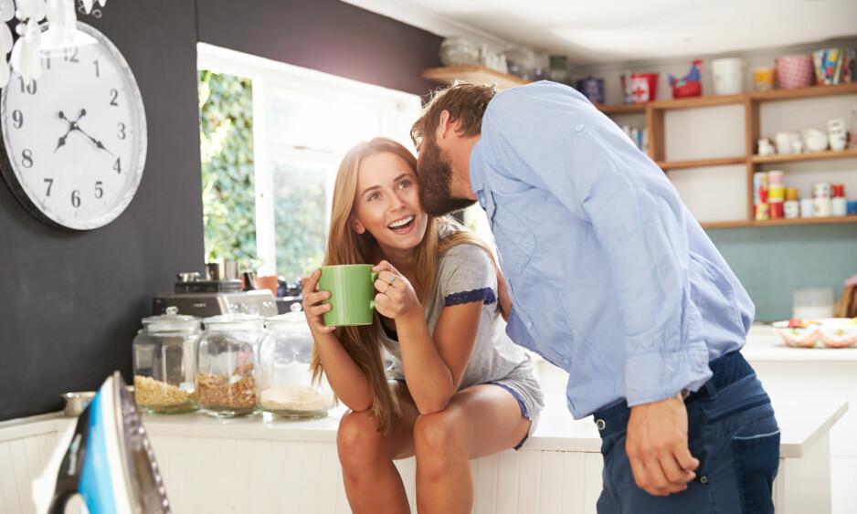 <strong>IKKE SÅ MYE SOM SKAL TIL:</strong> Men det er noen små ritualer som fornøyde par er flinkere til å gjennomføre, enn de som mistrives i forholdet. FOTO: NTB Scanpix