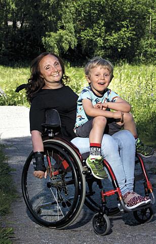 LYKKE: Å bli mamma var en drøm Anniken ville virkeliggjøre til tross for ryggmargsskaden. FOTO: Stefan Nilsson/Allers Sverige/All over press