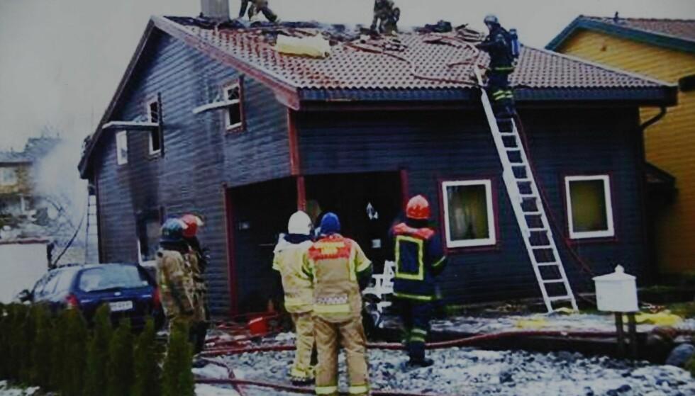 HJELP: Både brannmannskap og forsikringsselskap var raskt på plass. FOTO: Privat