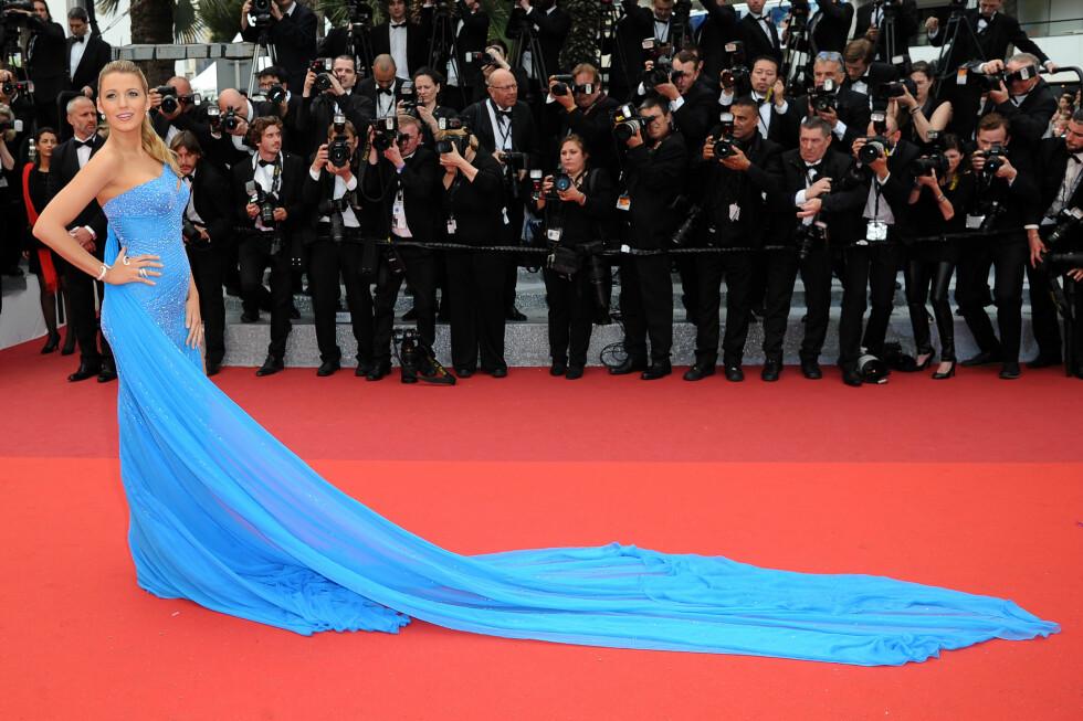 15. Da hun viste oss hvordan en kjole med slep virkelig skal se ut, og fikk fotografene til å stille seg på rekke under filmfestivalen i Cannes. Foto: NTB Scanpix