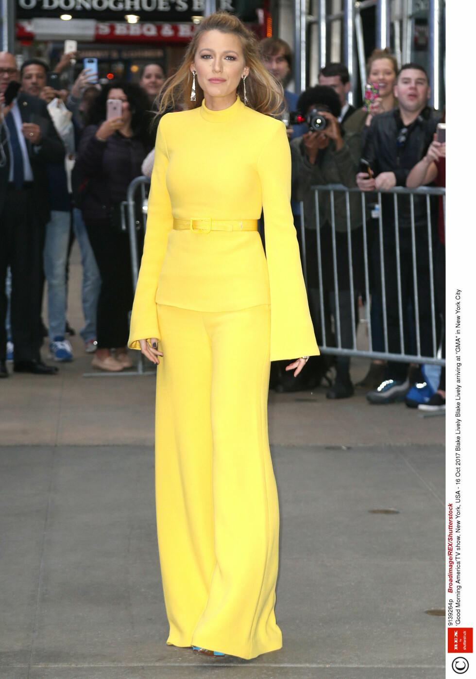 8. Da hun dukket opp med denne knallgule kjolen på «Good Morning America». Foto: NTB Scanpix