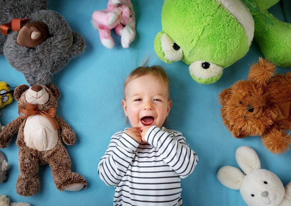 MANGE LEKER: Norske barnerom er overfylte av leketøy, men er det egentlig til barnas beste? Foto: NTB Scanpix