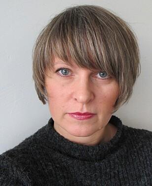 SUNT Å RYDDE UNNA LITT: Men Maria Øksnes mener det i utgangspunktet ikke behøver å være et problem at barna har mange leker. Foto: Privat