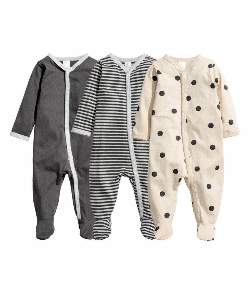 3-pack pyjamas fra H&M  279,-  http://www.hm.com/no/product/19699?article=19699-M