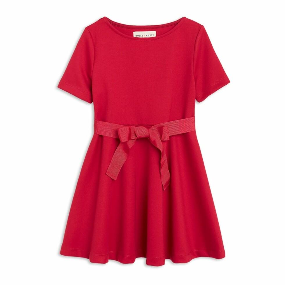 Kjole fra Lindex  199,-  https://www.lindex.com/no/barn/jente-92-122-cm/7657327/Jerseykjole-med-korte-ermer/